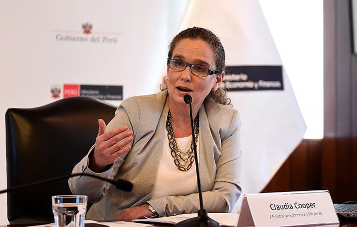 Ministra Claudia Cooper analizará proyección económica del país en conferencia de la Escuela de Posgrado de Universidad Continental
