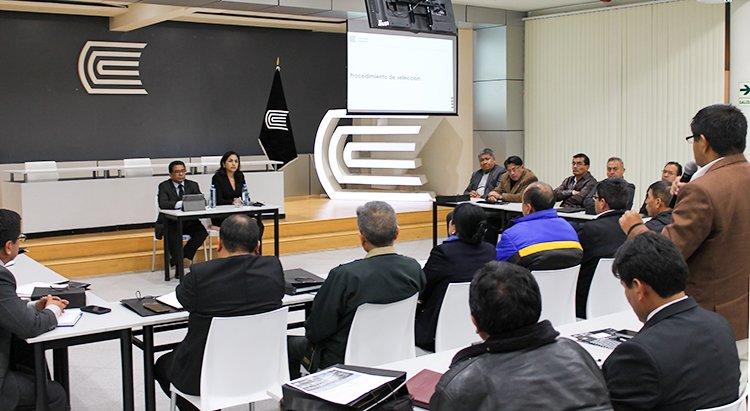 Huancayo: Expresidenta del OSCE dictó conferencia sobre contrataciones públicas