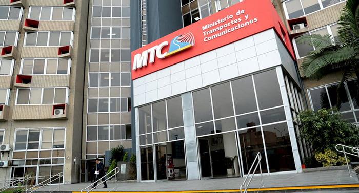 Escuela de Posgrado suscribe convenio con Ministerio de Transportes y Comunicaciones