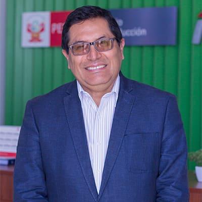 Federico Tenorio, egresado de la modalidad A distancia de la UC, es el nuevo Ministro de Agricultura